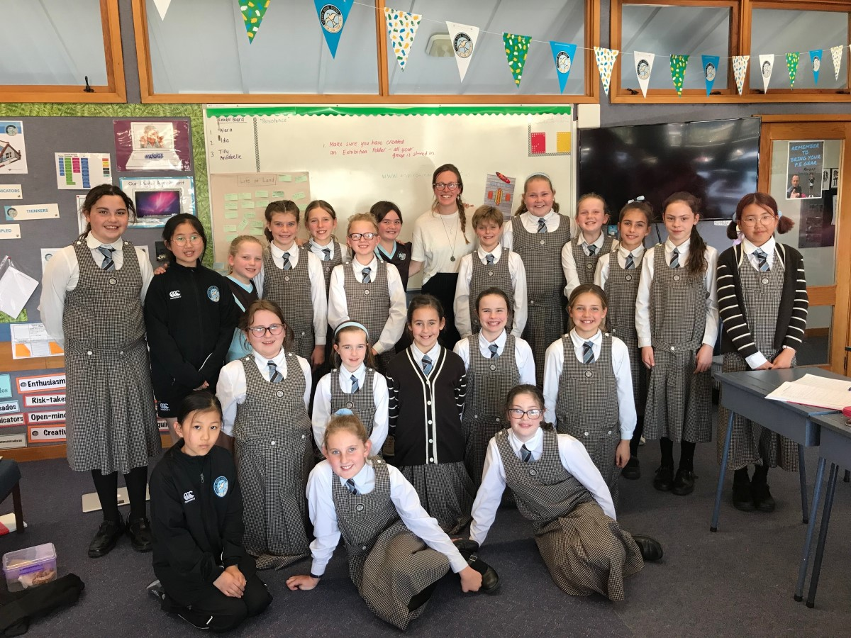 Selwyn House School Year Six Students with Sustainability Advisor Sophia White