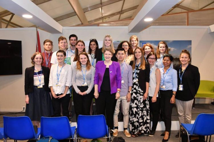 New Zealand youth delegates meet with Helen Clark