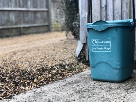 no plastic bin